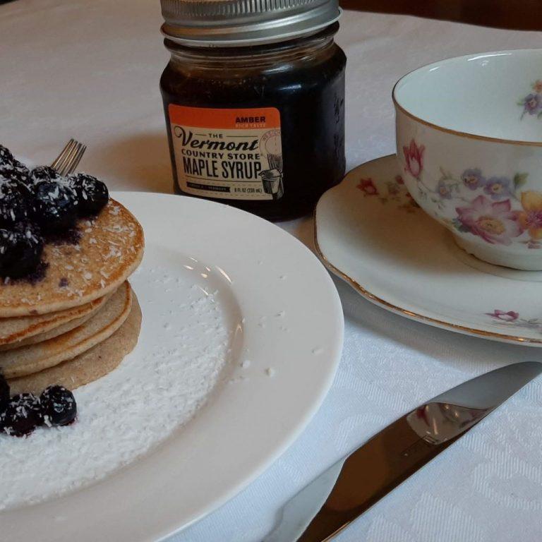 Pancakes met maple syrup (2)